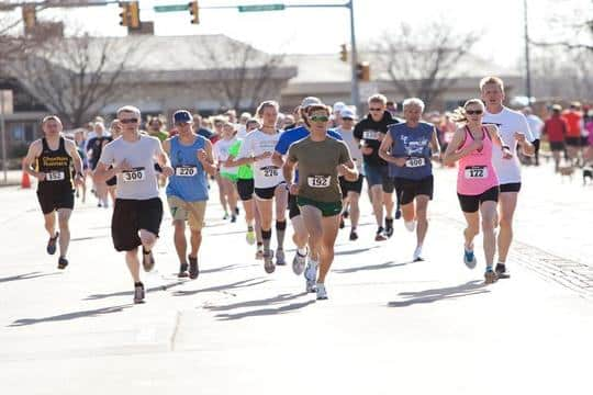 Depperschmidt (right, in pink) at the Beat Beethoven 5K